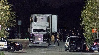 Mueren ocho personas dentro de un camión en Texas