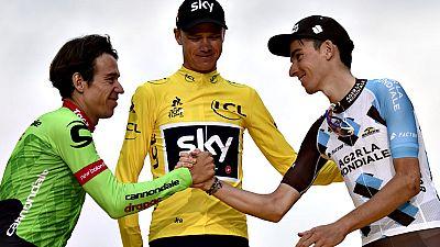 El británico Chris Froome (Sky) se proclamó por cuarta vez en París rey del Tour de Francia, consolidando una era de dominio que le sitúa a una sola victoria de los legendarios Anquetil, Merckx, Hinault e Indurain, que destacan en el palmarés con cin