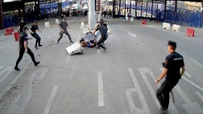 Detenido un hombre que hirió con un cuchillo a un policía en la frontera de Melilla