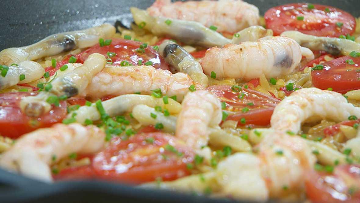 Torres en la cocina - Paella de pasta con cigalas