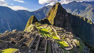 Perú limitará las visitas diarias a Machupichu para frenar la afluencia de turistas