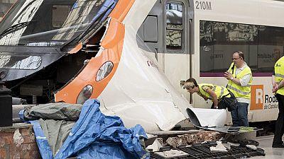 Un accidente de un tren de Cercanías en Barcelona deja medio centenar de heridos