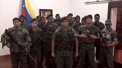 """El chavismo califica de """"ataque terrorista"""" el levantamiento militar en el Fuerte Paramacay"""