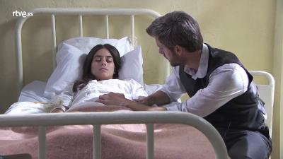 Acacias 38 - El médico comunica a Mauro que Teresa está grave