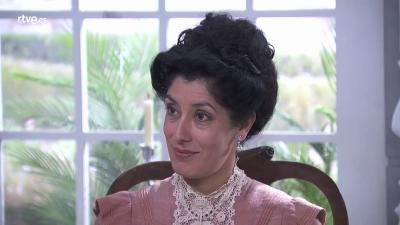 Acacias 38 - Rosina contrata a Carmen para que de una cena en su casa