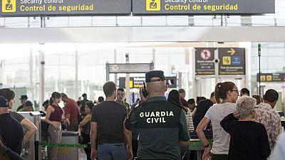 El Gobierno intensificará la presencia de la Guardia Civil en los controles de seguridad de El Prat por la huelga