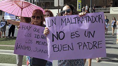 Concentraciones de apoyo a Juana Rivas en muchos puntos de España