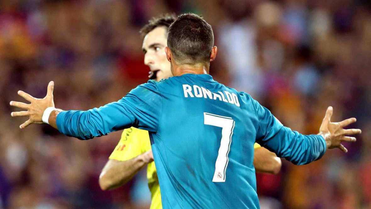 Cristiano Ronaldo ha sido sancionado con 5 encuentros por el Comité de Competición de la Real Federación Española de Fútbol (RFEF) por su expulsión y empujón al árbitro De Burgos Bengoechea del partido de la ida de la Supercopa de España contra el FC