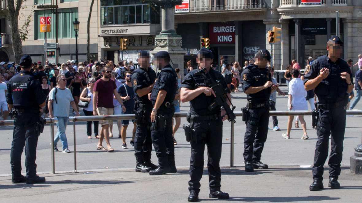 Atentados en Cataluña | Se refuerzan las medidas de seguridad en las principales ciudades de España