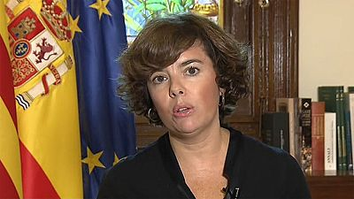 """Sáenz de Santamaría asegura que Rajoy habló """"desde el primer minuto"""" con Puigdemont tras el doble atentado en Cataluña"""