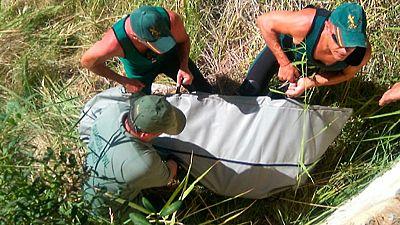 Después de cinco días de búsqueda, buzos de la guardia Civil ha localizado el cadáver del niño de once años que había desaparecido el pasado sábado en el río Cabriel, en Valencia. El cuerpo del menor ha sido localizado muy cerca del lugar en el que s