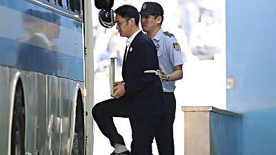 Un tribunal de Seúl condena al heredero del imperio Samsung a cinco años de cárcel por corrupción