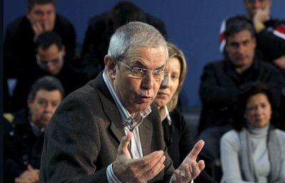 Pérez Touriño insiste en la necesidad de proteger las rías