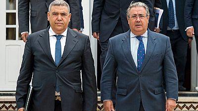 Zoido aborda la investigación de los atentados en Cataluña con su homólogo marroquí