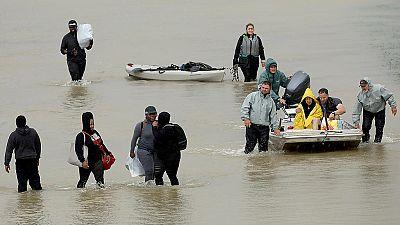 La tormenta tropical Harvey aterriza en Luisiana y decrecerá esta semana