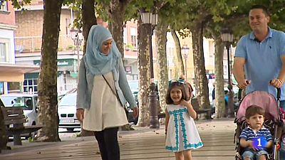 TVE habla con una familia de refugiados siria que lleva un año viviendo en Cantabria