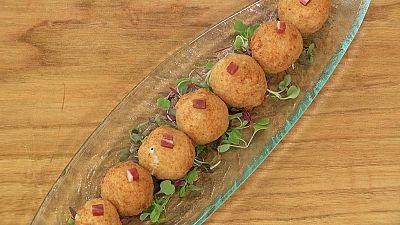 Torres en la cocina - Croquetas de torta del Casar