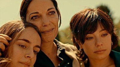 Estoy vivo - Márquez ve a su familia... y su propia tumba