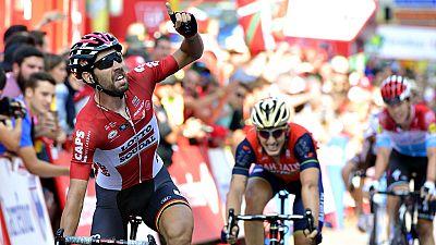 El ciclista belga Thomas de Gendt (Lotto-Soudal) se ha llevado el  triunfo en la antepenúltima etapa de La Vuelta a España, un recorrido  de 149.7 kilómetros entre el Parque Natural de Redes y Gijón, donde  el joven Iván García Cortina (Bahrain-Merid