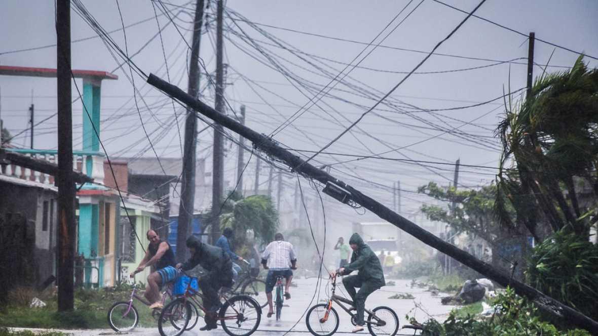 Irma deja graves daños en Cuba y un millón de personas evacuadas