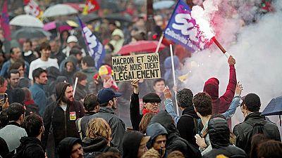 Cientos de miles de manifestantes franceses salen a la calle contra la reforma laboral de Macron
