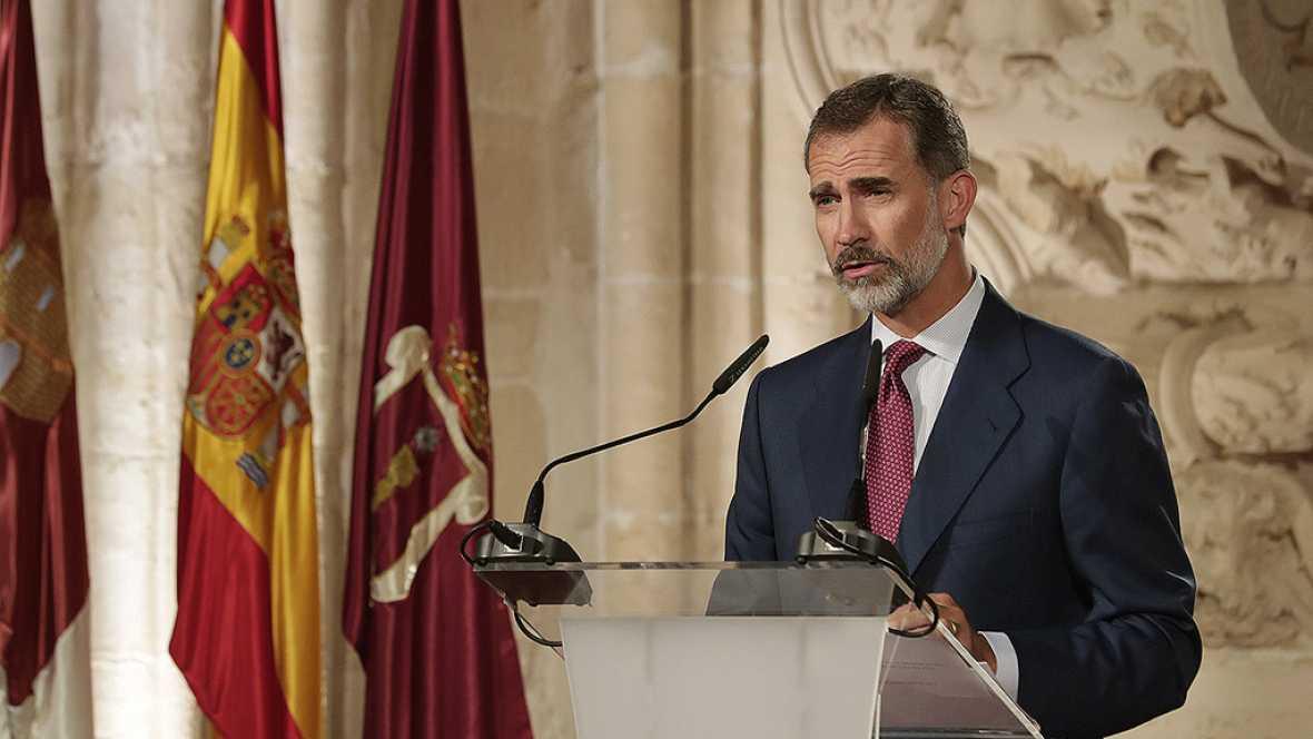 """El Rey dice que la """"constitución prevalecerá sobre cualquier quiebra de la convivencia"""""""