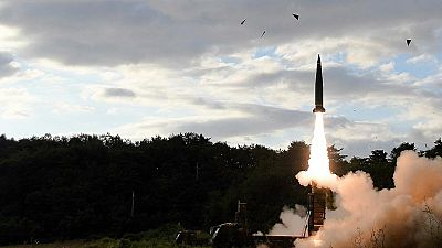 Corea del Norte lanza un misil de alcance intermedio que sobrevuela Japón