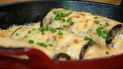 Torres en la cocina - Canelones de verduras con bechamel de tomate