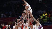 El bronce logrado en el Eurobasket 2017 es el broche perfecto para la despedida de Juan Carlos Navarro con la selección. Se va el capitán de la mejor generación de la historia del baloncesto español.