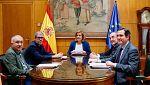 La ministra, Fátima Báñez, ha propuesto a patronal y sindicatos reducir a 3 los tipos de contrato