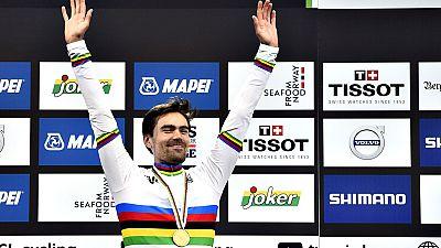 El corredor holandés Tom Dumoulin se ha proclamado campeón del mundo de Contrarreloj Individual dando toda una exhibición en la prueba de este miércoles de los Campeonatos del Mundo en ruta que se disputan en Bergen (Noruega), un recorrido de 31 kiló