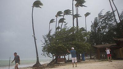 Huracán María - El huracán María recupera potencia al acercarse a República Dominicana