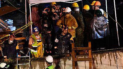 Ola de solidaridad entre los ciudadanos tras el terremoto