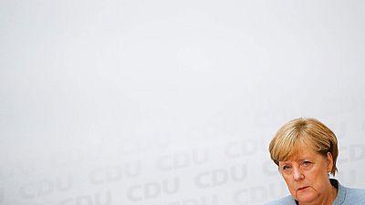 Merkel gana sin mayoría absoluta y deberá buscar socios de gobierno