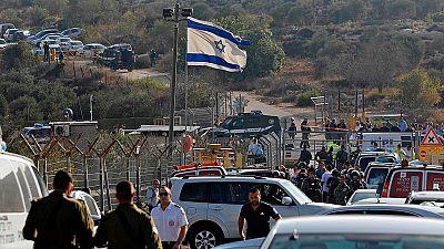 Un palestino mata a tiros a tres israelíes en una colonia de Cisjordania