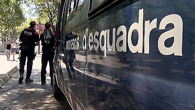 Los Mossos identifican a los directores de los colegios que la Generalitat quiere usar el 1-O