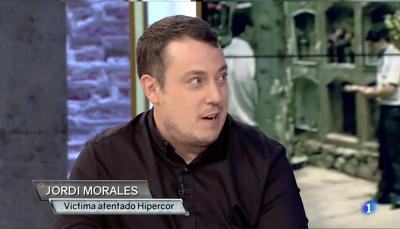 Hace 30 años del atentando terrorista de Hipercor. Hemos hablado con el testimonio Jordi Morales: perdió a su padre y a su madre