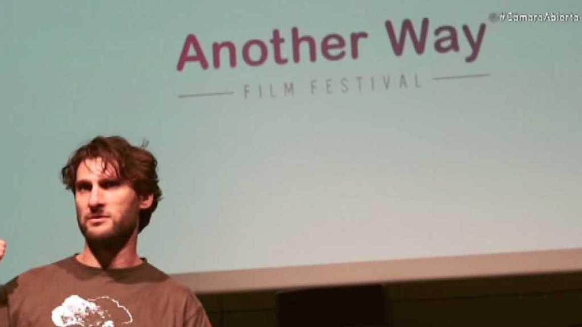 Cámara abierta 2.0 - Another Way Film Festival, Patricia Fornos, Rufus T. Firefly y Lambert Wilson... - ver ahora