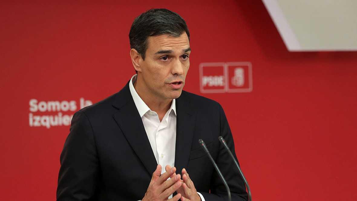 """Pedro Sánchez pide a Rajoy que negocie """"una salida"""" con Puigdemont"""