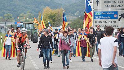 Huelga general en Cataluña con carreteras cortadas y actividad ralentizada en todos los sectores