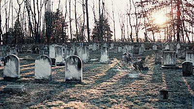 El cementerio de Castro Urdiales y de Sumarcárcer, los mejores de España