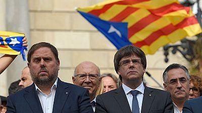 La Generalitat niega que haya fuga de empresas de Cataluña y De Guindos alerta de la pérdida de inversiones