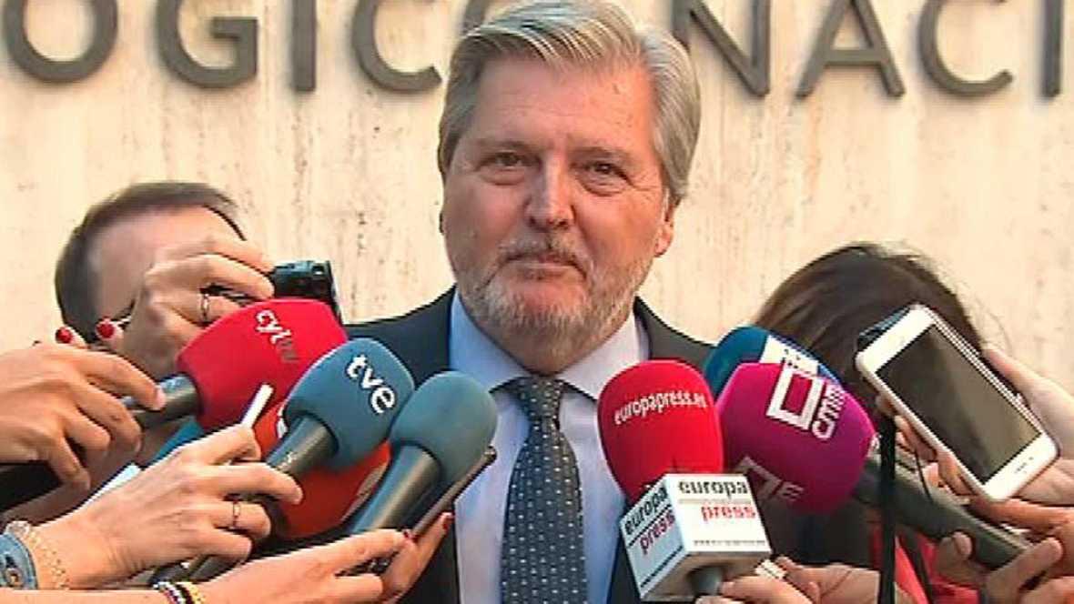 Poco antes de la sesión del Parlament, el Gobierno pide a Puigdemont que