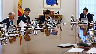 Rajoy requiere a Puigdemont que clarifique si ha declarado la independencia antes de aplicar el 155