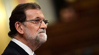"""Rajoy afirma que está en la mano de Puigdemont """"volver a la legalidad"""" y desea que """"acierte en su respuesta"""""""