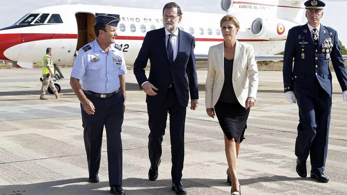 """Rajoy traslada su """"solidaridad"""" a la familia del piloto fallecido al estrellarse el avión con el que participó en el desfile militar"""