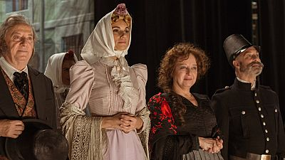El Ministerio del Tiempo - La verbena de la Paloma resulta todo un éxito en su estreno