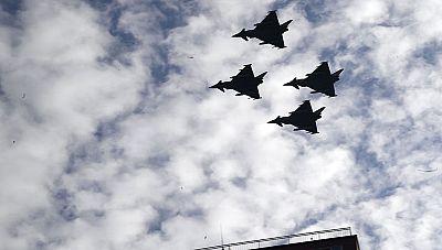 Durante el desfile no se detectó ningún problema en el Eurofighter que pilotaba el capitán Borja Aybar