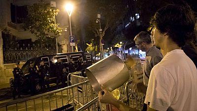 Caceroladas espontáneas por el encarcelamiento de Sánchez y Cuixart