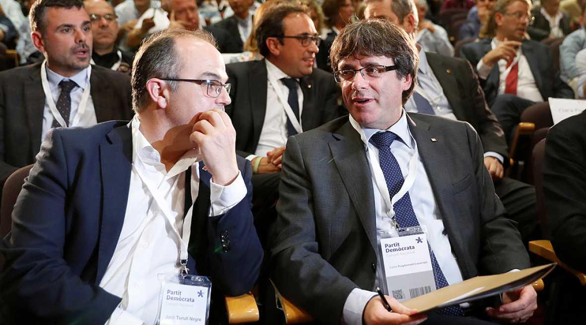 El PdeCat pide que Puigdemont levante la suspensión de la declaración de independencia si el Gobierno aplica el 155